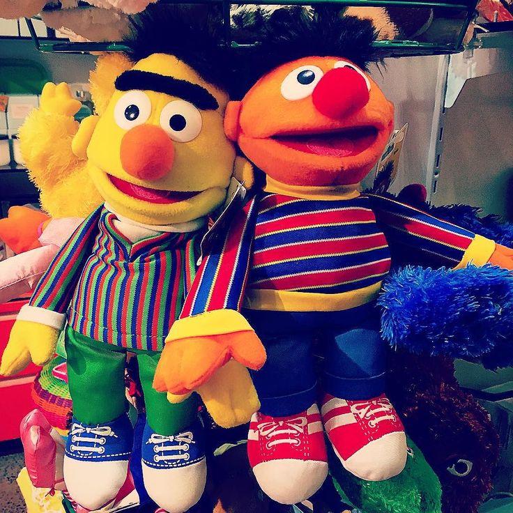 Love wins ... #marriageequality #lovewins #bert #ernie #bertandernie #newtown #Enmore #stanmore #erskineville #camperdown #innerwest #innerwestisbest #innerwestsydney #sesamestreet #instasyd #sydneygram #cute #plush #plushtoys #hugs #equallove #vscocam #vsco by innerwest4lyf
