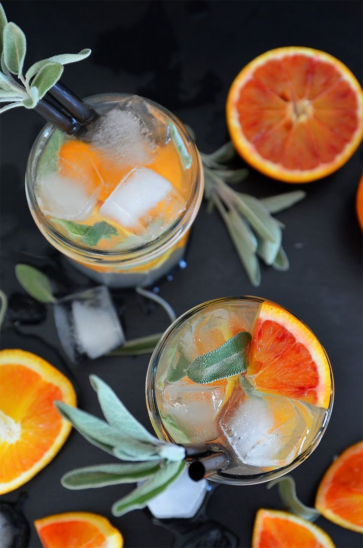 Sarahs Krisenherd: {Happy Hour} Blood Orange & Sage Mule