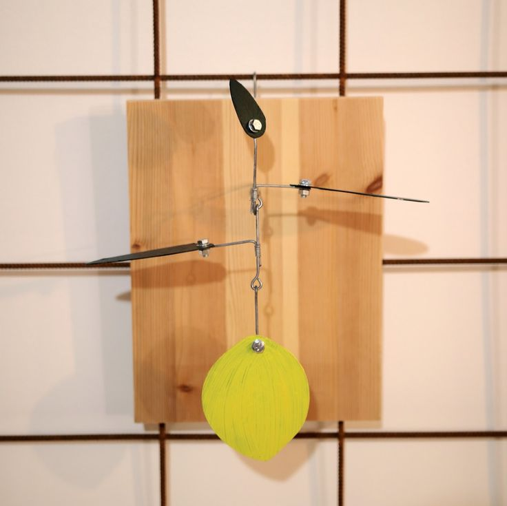 Wire in the City: Fruitylicious  Lemon plant mobile/sculpture. Wire, steel, paint.