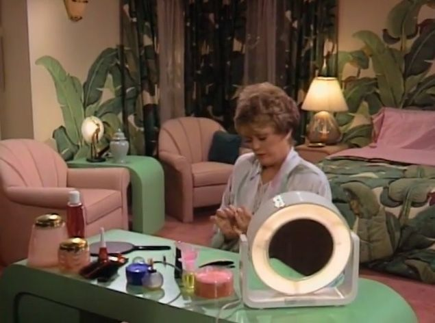 Blanche Devereauxs Bedroom The Golden Girls  Mrs