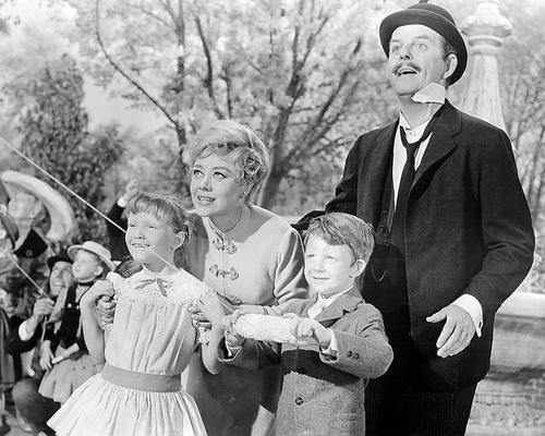 Mary Poppins David Tomlinson Glynis Johns 24X36 Poster Print