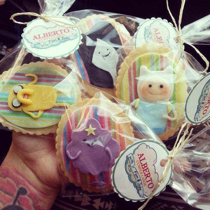 ¡Las galletas de cumpleaños de #Horadeaventuras! Ñam. Vía Maria Riquelme.