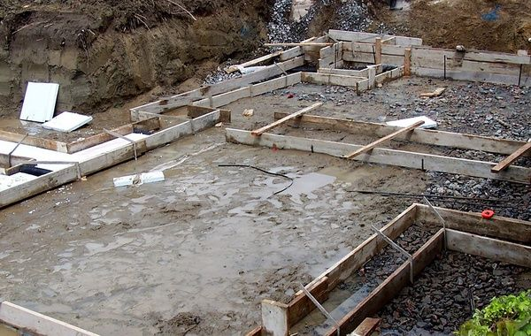 Slab On Grade Or Foundation And Basement Which Is Best Mountain Modern Eco House Building Materials