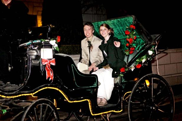 A horse drawn carriage for the couple's exit. SO romantic