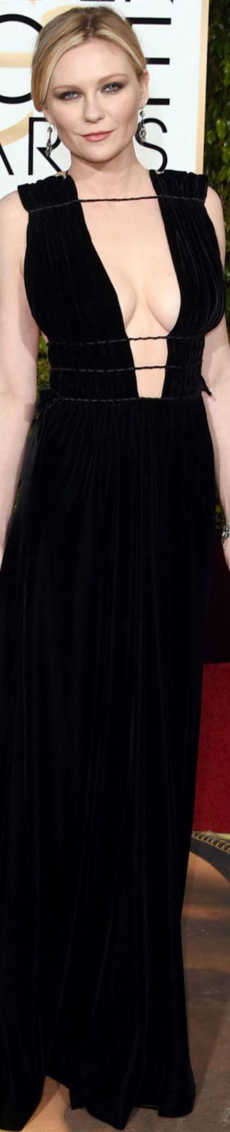 Kirsten Dunst 2016 Golden Globe Awards wearing Valentino.♛   ♛~✿Ophelia Ryan ✿~♛