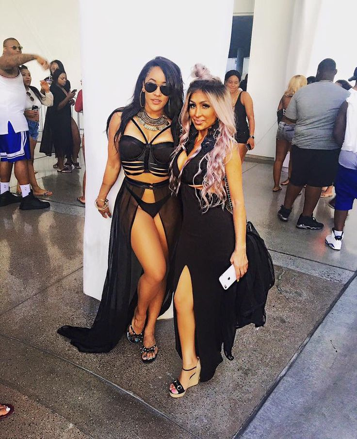 Natalie Nunn from BGC && Angel Brinks from Basketball Wives! Pose!