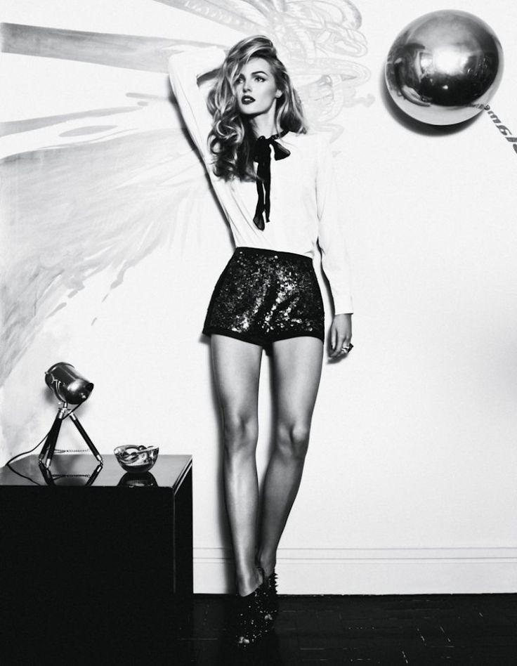 Valentina Zelyaeva by Jacques Dequeker for Wish Report BrazilValentina Zelyaeva, Inspiration, Shorts Hair, Fashion Style, Jacques Dequeker, Sequins Shorts, Beautiful, Black White, Fashion Photography