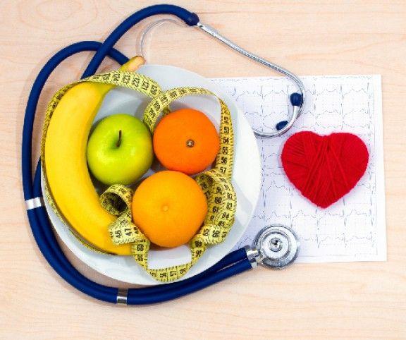 A magas vérnyomásbetegség – hipertónia, sok ember életét keseríti meg hazánkban is. Ám helyesen összeállított étrenddel, szükség szerinti életmód változtatással, a sport rendszeres gyakorlásával jelentős javulás érhető el! Ehhez dietetikusunk, Somogyi-Kovács Anita  ad néhány tanácsot.