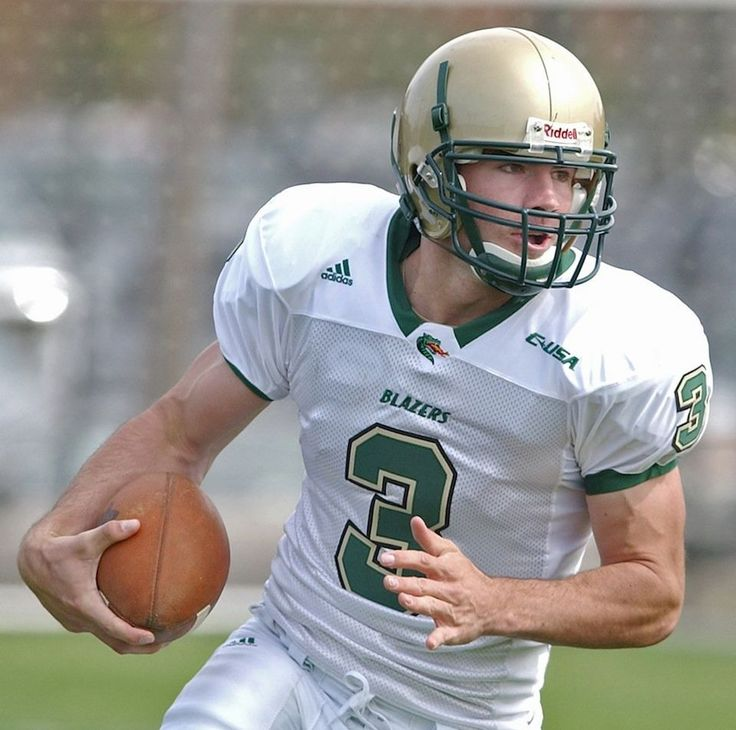 Sam Hunt, country singer and former UAB quarterback, to debut new single on…