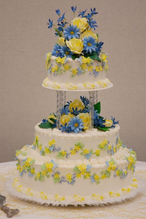 yellow and blue wedding cakes 92 best images about yellow amp blue country wedding on 27684