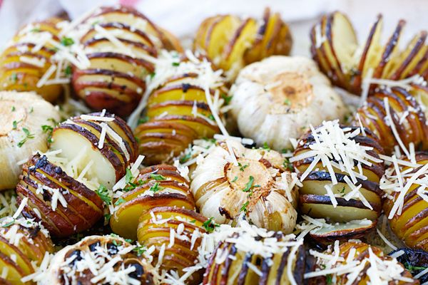 Parmesan Roasted Potatoes - the easiest and BEST roasted potatoes with Parmesan cheese, butter and herbs. SO good you'll want to make it every day!!   rasamalaysia.com