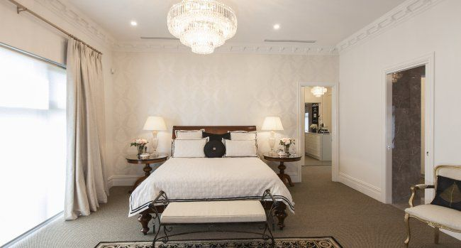 The spacious master bedroom ...
