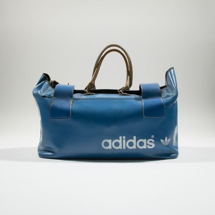 ✦ CLICK TO BUY ✦ ADIDAS - Blue leather 70s duffel bag - Borsone anni '70 in pelle blu - Millesimè Vintage clothing & accessories