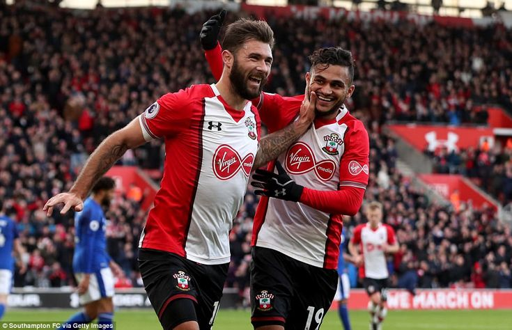 Charlie Austin gets the last laugh as his two goals in quick succession sink David Unsworth's Everton