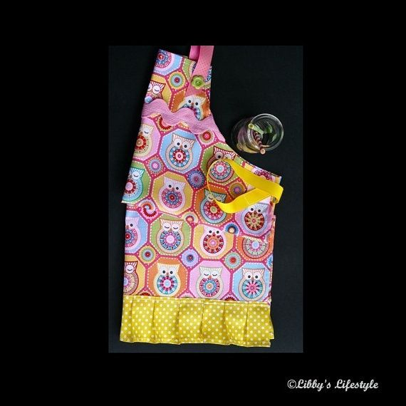 Girl's owl apron. Pink blue and yellow owl by LibbysLifestyle
