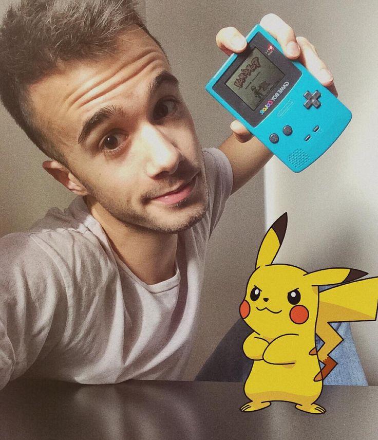 On instagram by v_luksz  #gameboy #microhobbit (o)  http://ift.tt/1R7VQRu   Old memories : GAMEBOY !! SORRY PIKACHU I choose Squirtle . DÉSOLÉ PIKACHU je choisis Carapuce  .  color #pokemon #pikachu #frenchguy #follow #me #selfie #lille #france #chilling #gay #like4like #vintage