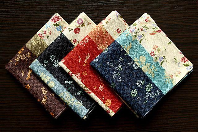 Crepe de Seda suave de buena calidad los hombres y mujeres de bolsillo pañuelos, Crisantemo diseño, cuadrado de bolsillo de la vendimia, el mejor regalo para el amigo