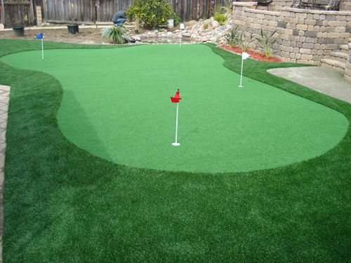 Turf Backyard Putting Green : Astro turf putting green (Scotts suggestion for on top of the garage