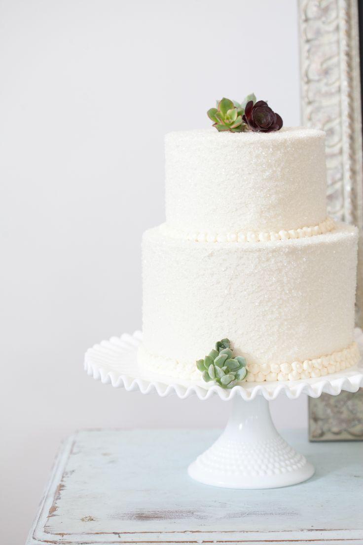 Coastal Glam Pacific Northwest Inspiration Shoot Winter Wedding CakesElegant
