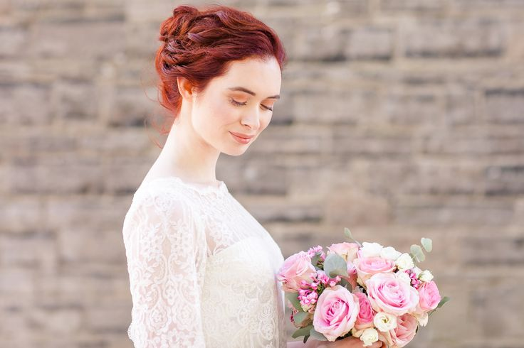 Two Piece Wedding dress, Lace Wedding Top, Red Wedding Hair Style, Pink Wedding Flowers