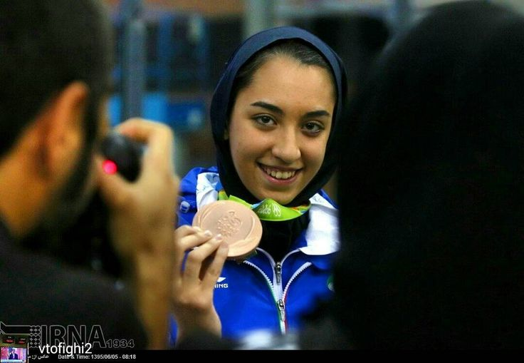 @Regrann from @vtofighi2 -  Iran: Countrys first female Olympic medal winner given heros welcome in Tehran photo by #Mehdiebrahimi #Iran: Countrys first #female #Olympic medal #winner given #heros #welcome in #Tehran. Iran's #KimiaAlizadeh #bronze #medal #taekwondo #winner arrives at Tehran International airport Iran بازگشت تیم ملی تکواندو از المپیک برزیل ایرنا-تهران- تیم ملی تکواندو کشورمان در المپیک 2016 ریو بامداد جمعه در میان استقبال مردم به کشور بازگشت. شهريور 1395 8:24 عکس: مهدی…