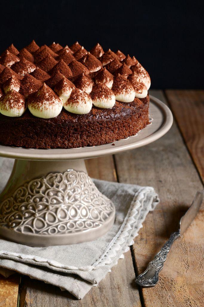 Torta al cacao con crema al mascarpone