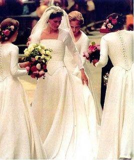 Lady Sarah Armstrong wedding dress... Edwardian detail