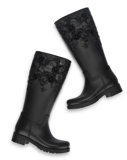 Melissa Flower Boot High - Coleção FlyGrl | PBLOG PEQUENAS INFINIDADES  A Melissa Flower Boot High é um modelo exclusivo e  fez parte do Preview do Inverno europeu...