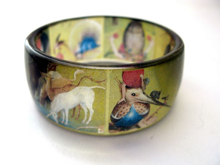 Bosch jewelry. Resin bracelet. Garden of Earthly Delights. Size M. Painting Bracelet. Surrealism. Animals. Green bangle. Christmas gift. by KathyKeldesign on Etsy https://www.etsy.com/ca/listing/563299219/bosch-jewelry-resin-bracelet-garden-of