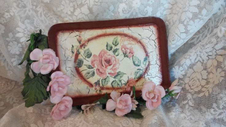Decoupage  in tray ...craquele tutorial !