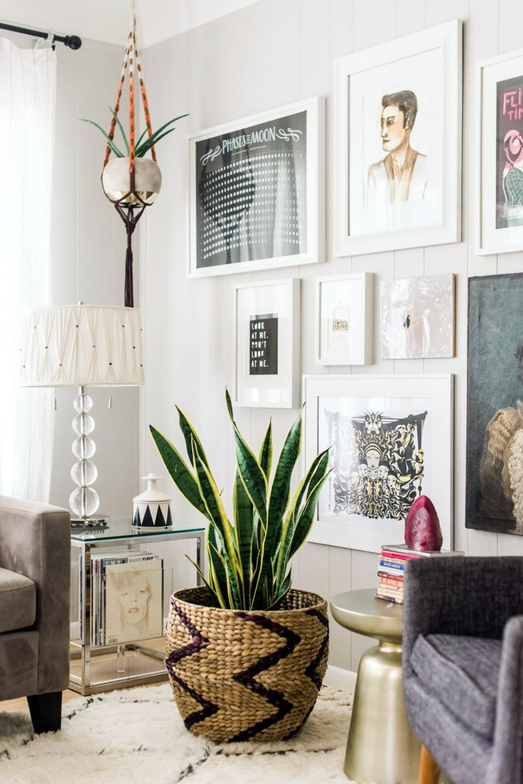 More than a decade's investment in time, a small sum of money, and DIY ingenuity serve as the foundation of Tracey Tilley's Detroit home. Born out of patience and creativity,...