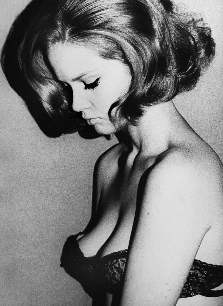 Photographers Terence Donovan and Brian Duffy, well known for their catchy portraits of models, musicians and actors, shape our image of the Swinging Sixties, are as widely known as the stars and socialites they shot, and perhaps just as infamous as well.   Terence Donovan  These were self-made