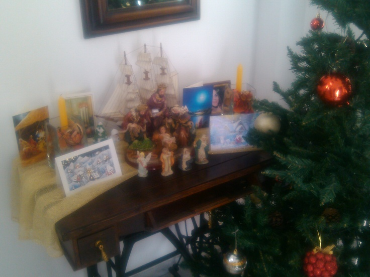 Christmas' cards & holy manger