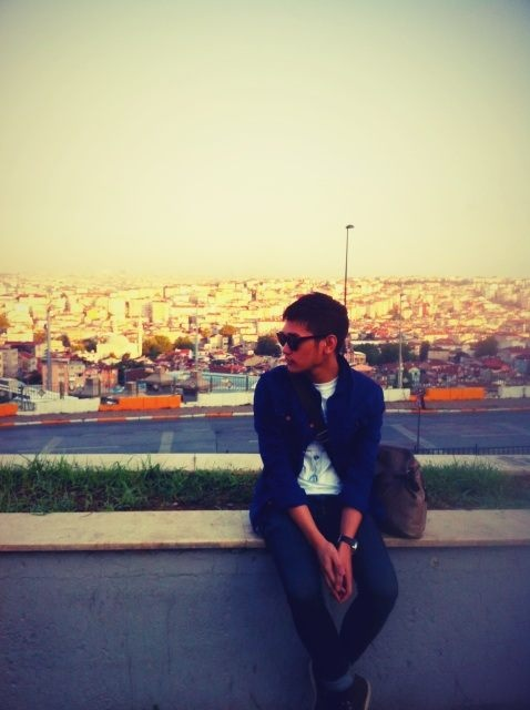 afgansyah reza's Photo: 12 hours flight. Alhamdulillah. Landed safely in Istanbul. Jet lagged. | Lockerz