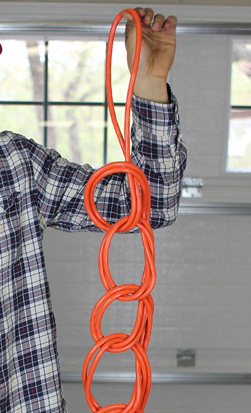 Great way to handle long drop cords. I had forgotten how to do this.