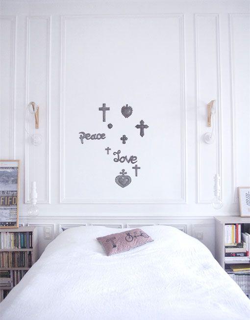 PEACE_croix_love_bosmetal_artisanat_haitien. A retrouver sur le Concept Store Chrétien, Catho Rétro, www.cathoretro.com