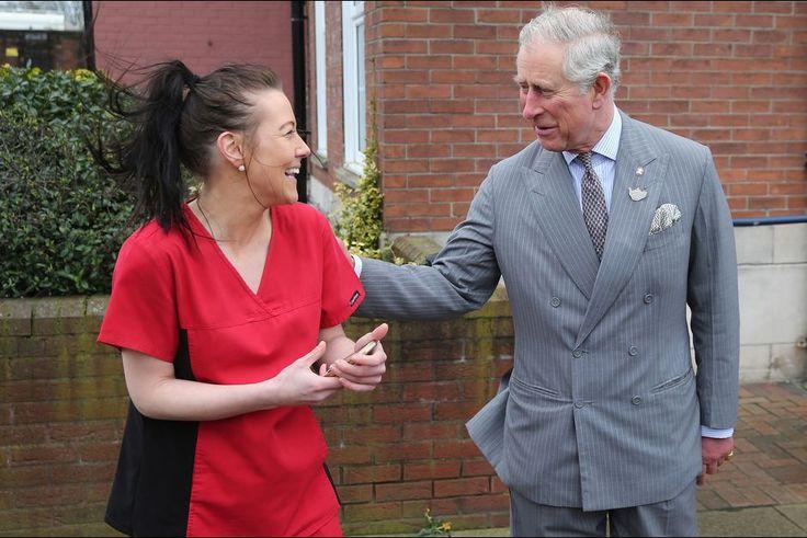 Le prince Charles au poste de police de Burslem à Stoke-on-Trent, le 26 janvier 2016