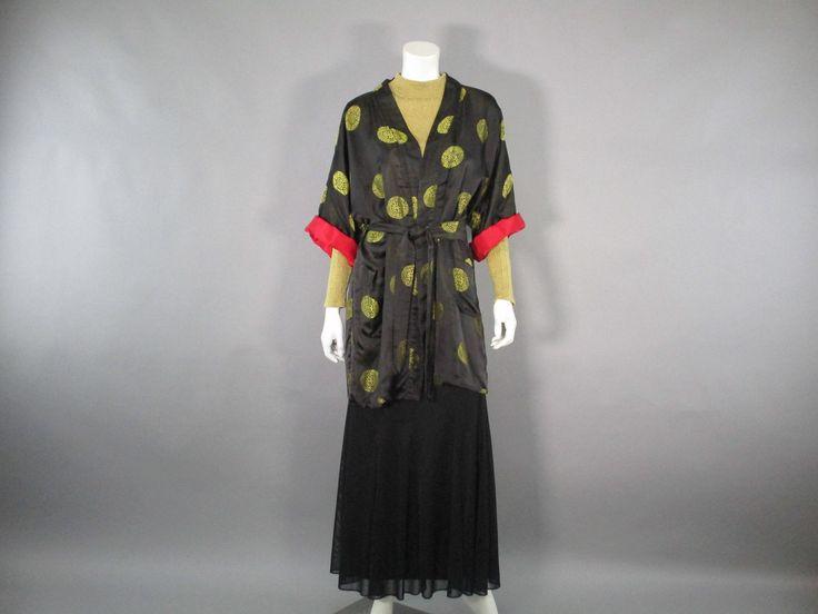 Vintage Rayon Kimono Robe 40s Short Robe, Black and Gold Smoking Jacket Asian Kimono, 1940s Lingerie Size L to XL ,Unisex by LadyScarlettsVintage on Etsy