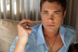 Drew Seeley - Beautiful http://www.slack-time.com/music-video-15020-Drew-Seeley-Beautiful #musicvideo #videopremiere