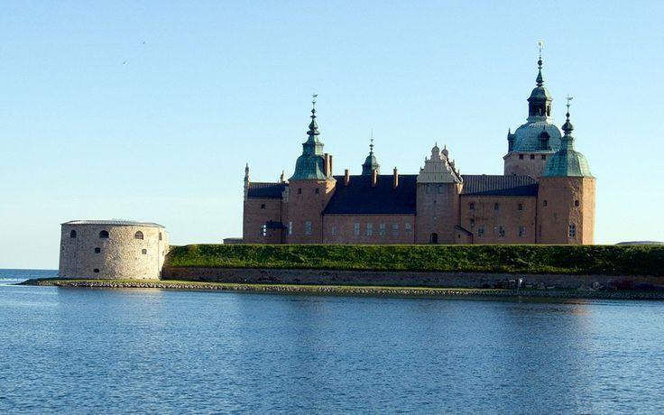 After four weeks, I'll be here at Vadstena Castle - Sweden