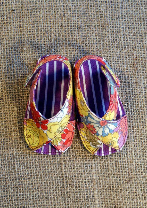 Mimi Baby Shoes  PDF Pattern  Newborn to 18 por littleshoespattern