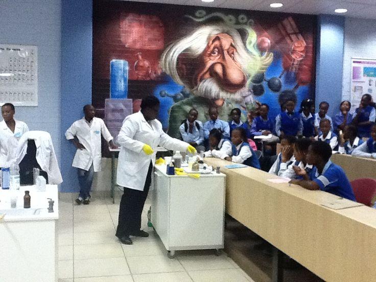 Takalani Mudau performing a science show to learners