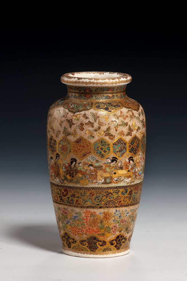93 best satsuma images on pinterest porcelain japanese a lovely small satsuma vase by meizan profusely decorated throughout on a cream background reviewsmspy