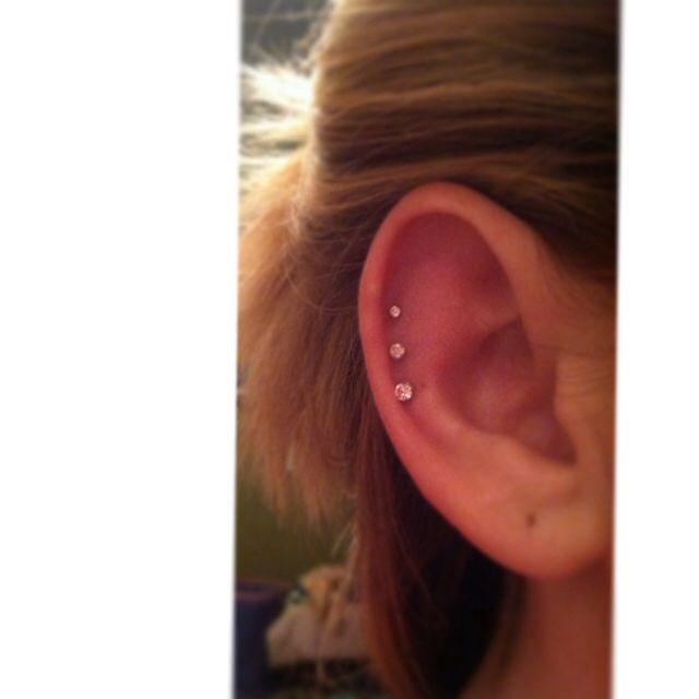 25+ beautiful Triple cartilage piercing ideas on Pinterest ...