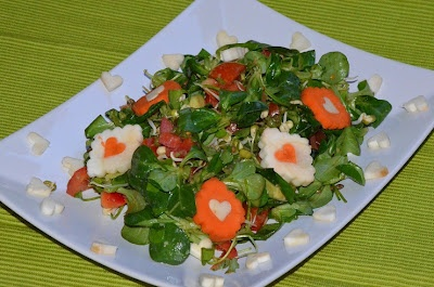 vegan: Cherimoyacreme + Salat