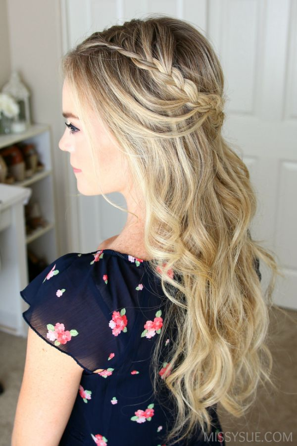 Homecoming Hairstyles best 25 easy homecoming hairstyles ideas on pinterest easy hairstyles for weddings easy prom hairstyles and hair updos for prom Find This Pin And More On Homecoming Hairstyles By Lmh514