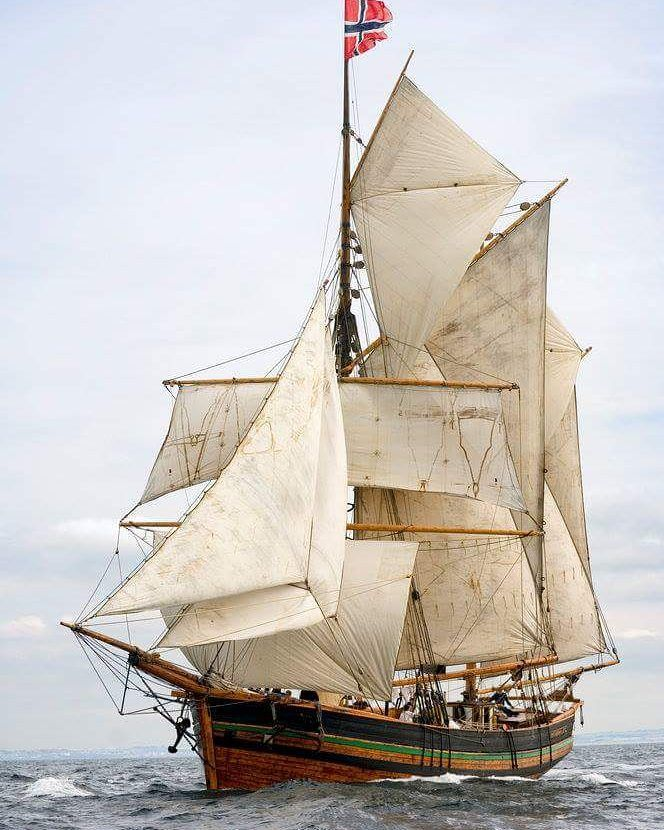 "yachtmasters:  Salt Water   NORWEGIAN TOPSAIL KETCH ""SVANHILD"" under full sail…"