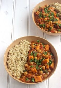 Sweet Potato and Chickpea Stew: one-pot, cozy & delicious meal that's simple to make!