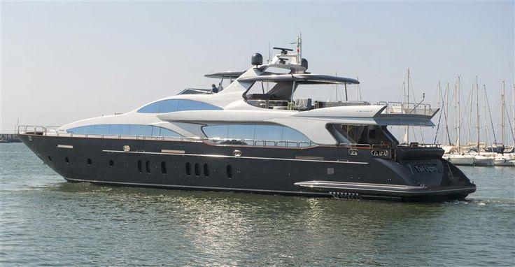 Used 2011 116' AZIMUT Grande 116   HMY Yachts