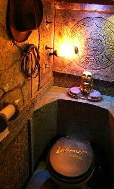 « Indiana Jones et le royaume du crâne de cristal » ou... « Les Aventures